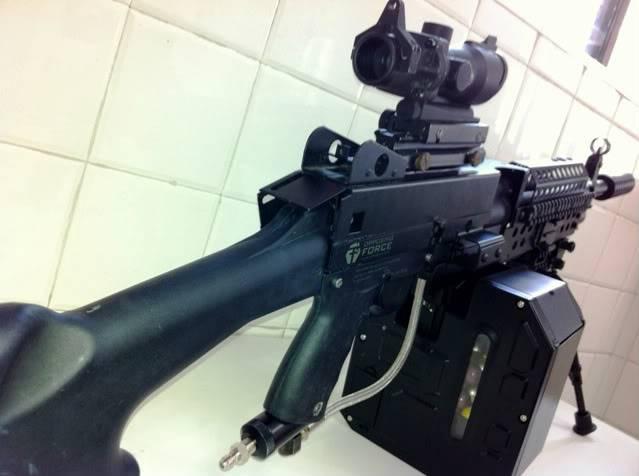 Uma verdadeira S.A.W. : A5 M249W IMG_1173