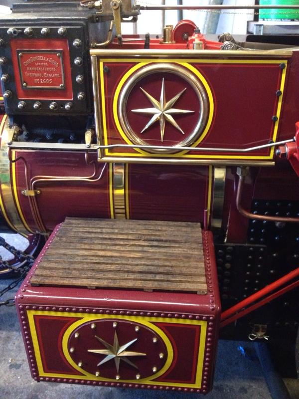 Burrell Road Loco and Showman's Kit 30A 23CEFFB9-9C8A-44D1-B72E-6F4042A5FD2F-4279-000003EB5FD8B603