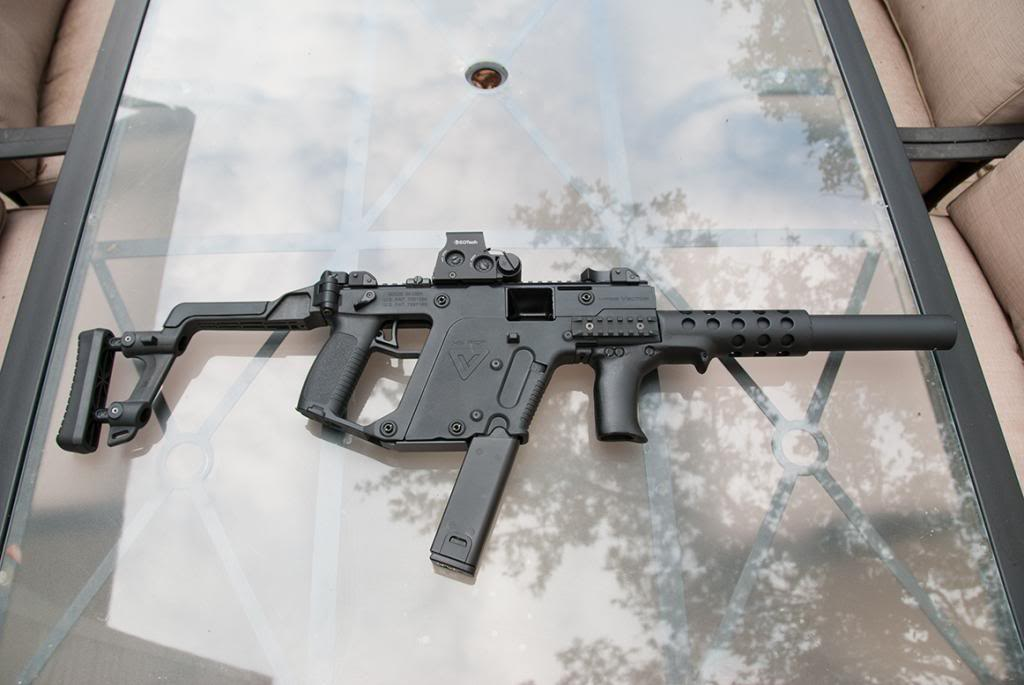Let's see some pics of your KRISS Vector - Page 5 DSC_3765_zpsf6175fa0