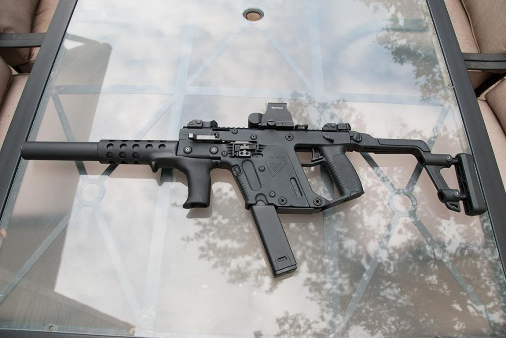 Let's see some pics of your KRISS Vector - Page 5 DSC_3766_zpscfac7228