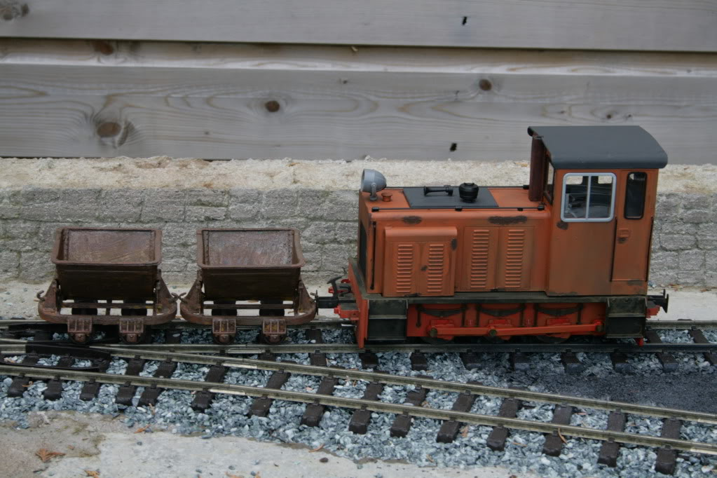 An indoor diorama in G-scale - Page 2 August2011013