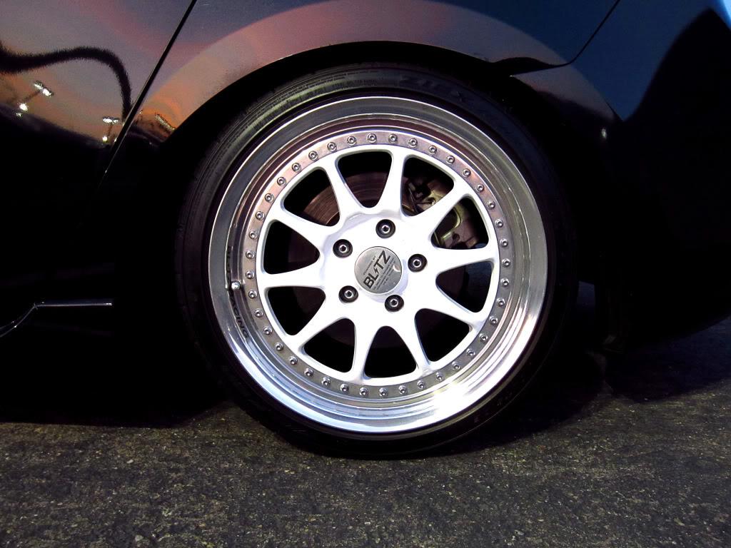 FS: Blitz Type 01 17x8 +35 w/tyres BlitzwheelII