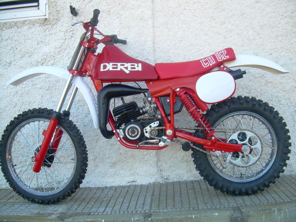 Restauración Derbi CR-82 011-18_zps3a4cf101