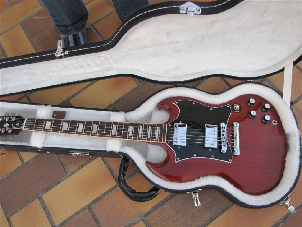 VENDU Gibson SG Standard 044Large