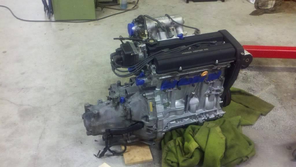 Not so interesting Honda build 2011-11-24_19-35-53_920