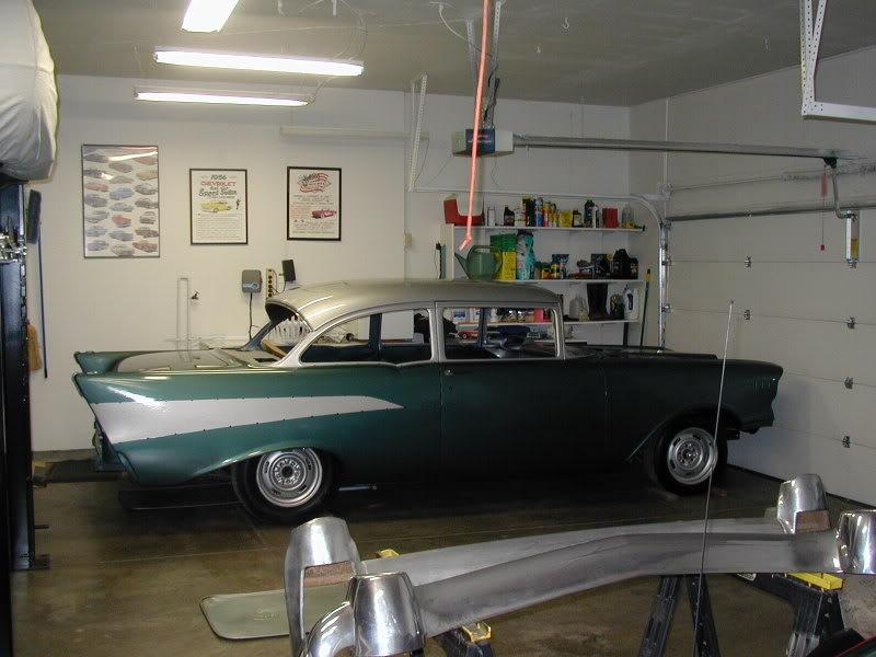 Automobili 1957_Chevy_210_001