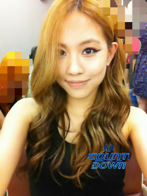 """[NOT] miss A makes a """"Good Bye Baby"""" comeback on M! Countdown 20110721_fei_missa_backstage_mcd_1"""
