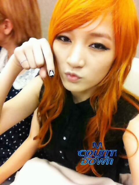 """[NOT] miss A makes a """"Good Bye Baby"""" comeback on M! Countdown 20110721_jia_missa_backstage_mcd_1"""