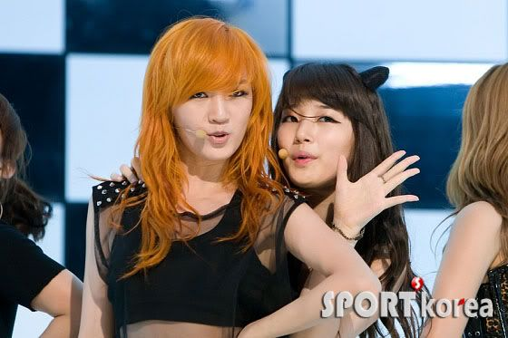 """[NOT] miss A makes a """"Good Bye Baby"""" comeback on M! Countdown 20110721_missa_mcd_perf_3"""