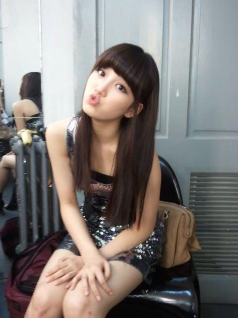 Miss A  suzy kiere un beso 20110812_suzy_kiss_0