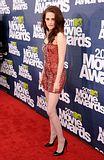MTV Movie Awards 2011 - Página 4 Th_MMAtapete032