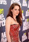 MTV Movie Awards 2011 - Página 4 Th_MMAtapete046
