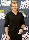 MTV Movie Awards 2011 - Página 4 Th_MMAtapete073