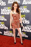MTV Movie Awards 2011 - Página 4 Th_MMAtapete091