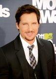 MTV Movie Awards 2011 - Página 4 Th_MMAtapete095