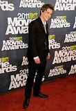 MTV Movie Awards 2011 - Página 4 Th_MMAtapete097