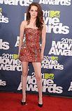 MTV Movie Awards 2011 - Página 4 Th_MMAtapete118