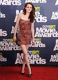 MTV Movie Awards 2011 - Página 4 Th_MMAtapete127