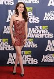 MTV Movie Awards 2011 - Página 4 Th_MMAtapete129