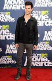 MTV Movie Awards 2011 - Página 4 Th_MMAtapete150