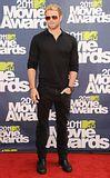 MTV Movie Awards 2011 - Página 4 Th_MMAtapete163