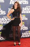 MTV Movie Awards 2011 - Página 4 Th_MMAtapete181