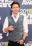 MTV Movie Awards 2011 - Página 4 Th_MMAtapete182
