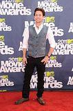 MTV Movie Awards 2011 - Página 4 Th_MMAtapete183
