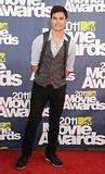 MTV Movie Awards 2011 - Página 4 Th_MMAtapete199