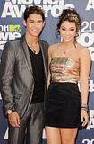 MTV Movie Awards 2011 - Página 4 Th_MMAtapete213