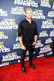 MTV Movie Awards 2011 - Página 4 Th_MMAtapete226