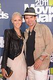 MTV Movie Awards 2011 - Página 4 Th_MMAtapete233