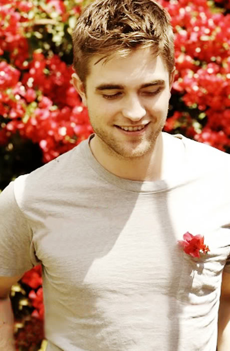 TV Week - Rob  Tumblr_lci431N5jZ1qc2hv6o1_500