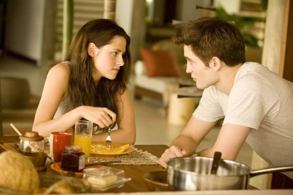Articulos Sobre Amanecer - Página 12 The-twilight-saga-breaking-dawn-part-1-movie-image-kristen-stewart-robert-pattinson-03-600x400