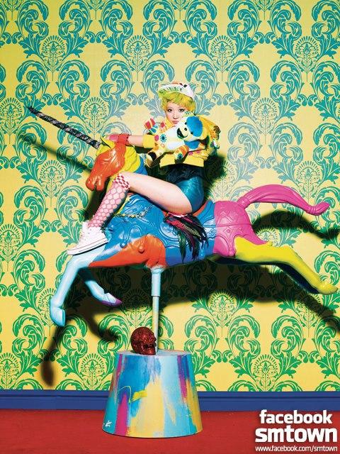 """[23122012][News] Són phát sốt vì tạo hình """"Dancing Queen"""" của Sờ Ngực Sờ Đùi 121223starsnsd10-fb10e_zpsffdf82e8"""