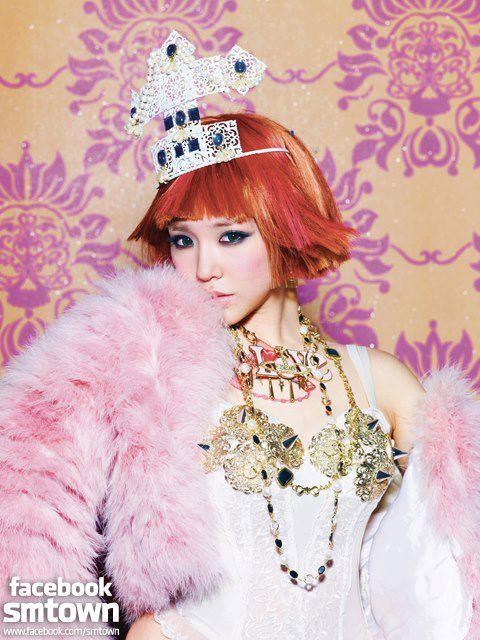 """[23122012][News] Són phát sốt vì tạo hình """"Dancing Queen"""" của Sờ Ngực Sờ Đùi 121223starsnsd3-fb10e_zps400fe3a0"""