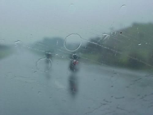 pilotagem na chuva - velocidade Aqualoucos1-vi