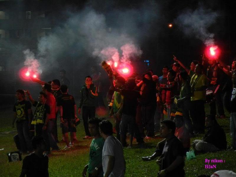 Teruja skuad ultras kedah at USM penang.... DSCN0133