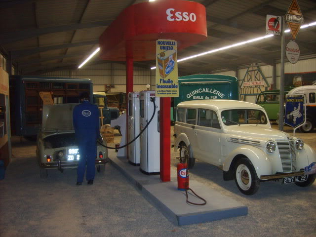 Salon du véhicule ancien ce w-end ! S5000146