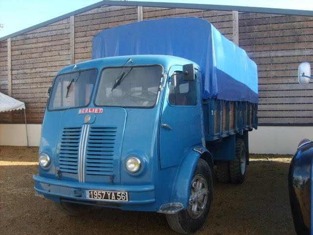 Salon du véhicule ancien ce w-end ! S5000210
