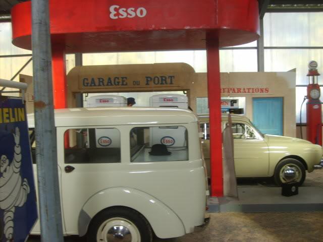Salon du véhicule ancien ce w-end ! S5000215