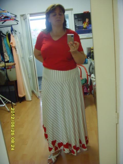Provocarea 6 la croitorie: HAINE DE DUMINICA - Pagina 6 SNV35245