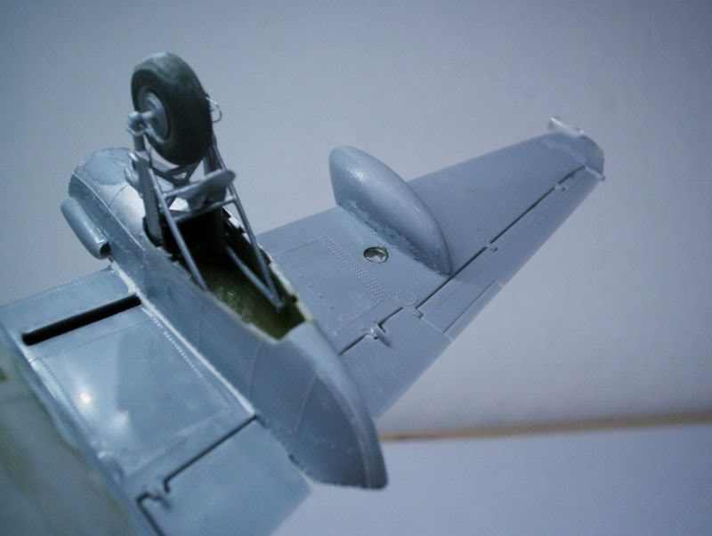 Mosquito Airfix 1/72 with some improvements 50620453-1