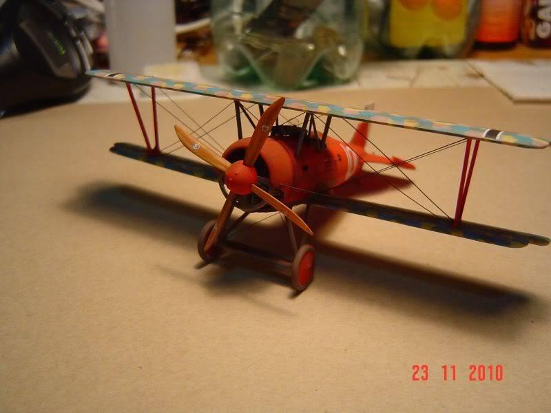 WW I 1/72 airplanes Madera, alambre y tela. Dsc08131ye