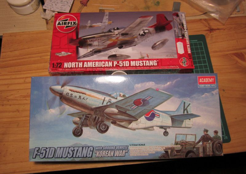 Armado y comparativa P-51 D Airfix new mold, P-51 D Academy with Jeep IMG_5680_zpsae62kffb