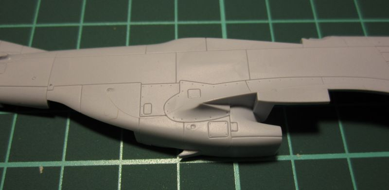 Armado y comparativa P-51 D Airfix new mold, P-51 D Academy with Jeep IMG_5682_zpsjxx211qf