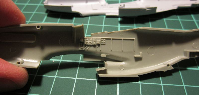 Armado y comparativa P-51 D Airfix new mold, P-51 D Academy with Jeep IMG_5685_zpsmhcwh807