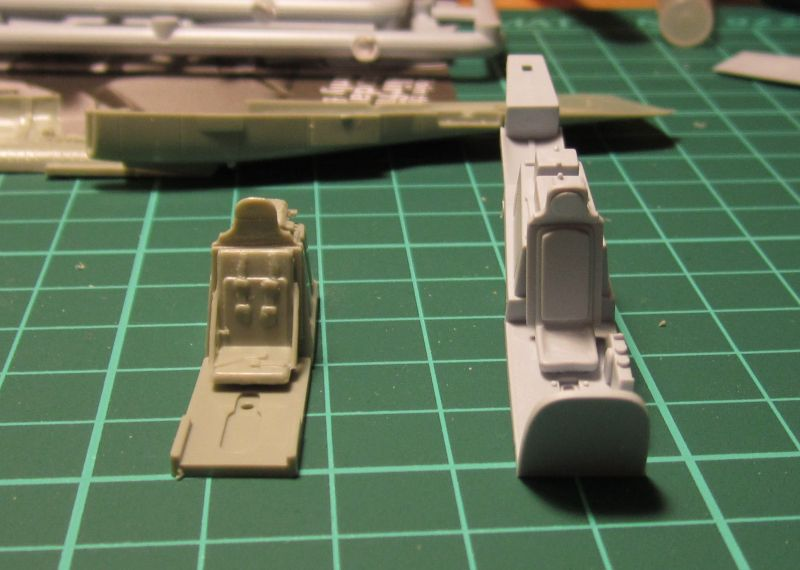 Armado y comparativa P-51 D Airfix new mold, P-51 D Academy with Jeep IMG_5692_zpsqdieknrg