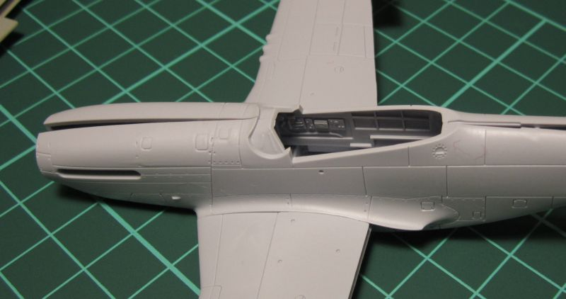 Armado y comparativa P-51 D Airfix new mold, P-51 D Academy with Jeep IMG_5708_zpsticdkx1r