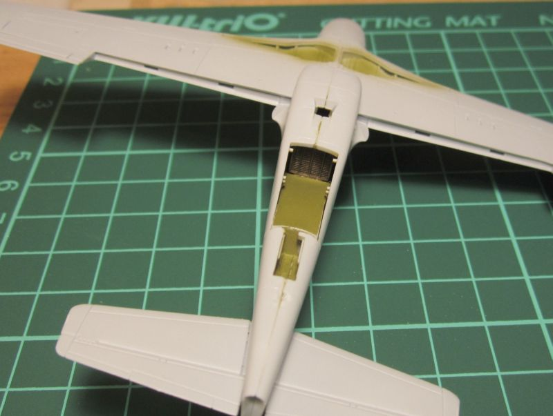 Armado y comparativa P-51 D Airfix new mold, P-51 D Academy with Jeep IMG_5768_zps1nqcaxh7